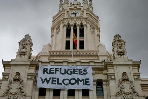 ayudando-a-los-refugiados-s
