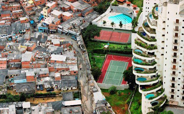 Mapa español de municipios ricos y pobres